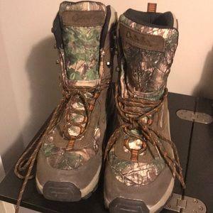 Men's Cabela boots 9.5